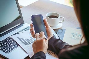 E-strach kontra e-wygoda. Coraz więcej korzystamy z usług mobilnych