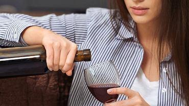 Bo może to już jest problem: kiedy piję, dopóki jest alkohol, a czerwona lampka sygnalizująca limit już dawno się przepaliła
