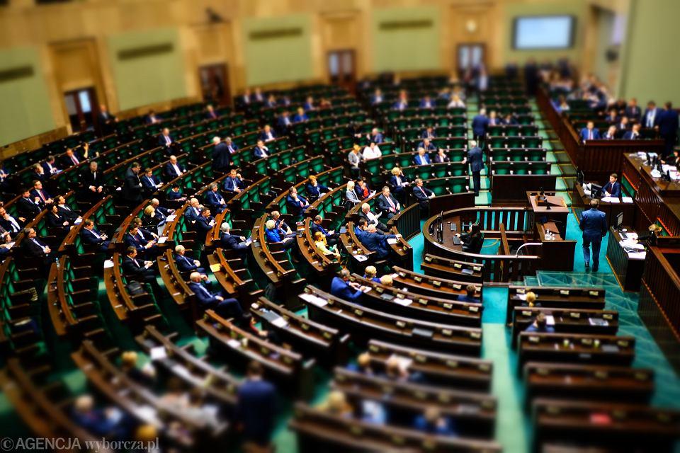 Posłowie. Sejm. Optymalizacja wydatków.