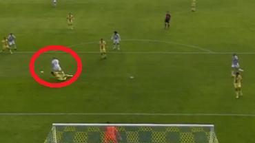 Karol Świderski strzela kolejnego gola dla PAOK-u