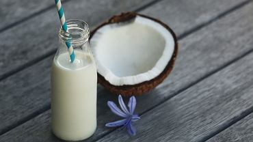 Jak zrobić mleko kokosowe w domu? To wcale nie takie trudne! Przepis i porady