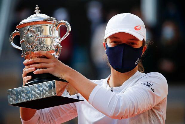 Woowww!! - Agnieszka Radwańska pogratulowała Idze Świątek wygrania Roland Garros