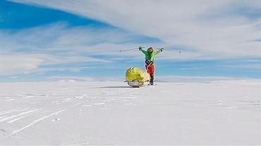 Colin O'Brady podczas samotnej wędrówki na Antarktydzie