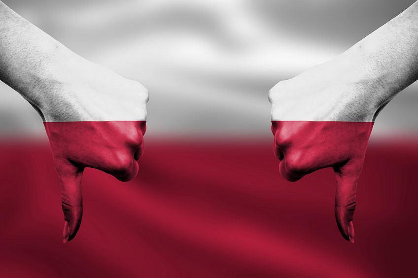 Zachowanie Polski w stosunku do reszty Europy i świata - nie w porządku