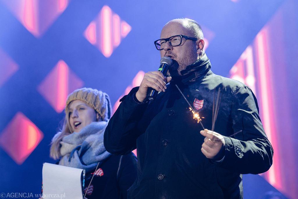 Prezydent Paweł Adamowicz podczas finału WOŚP. Kilka chwil później morderca zadał śmiertelne ciosy. Gdańsk, 13 stycznia 2019