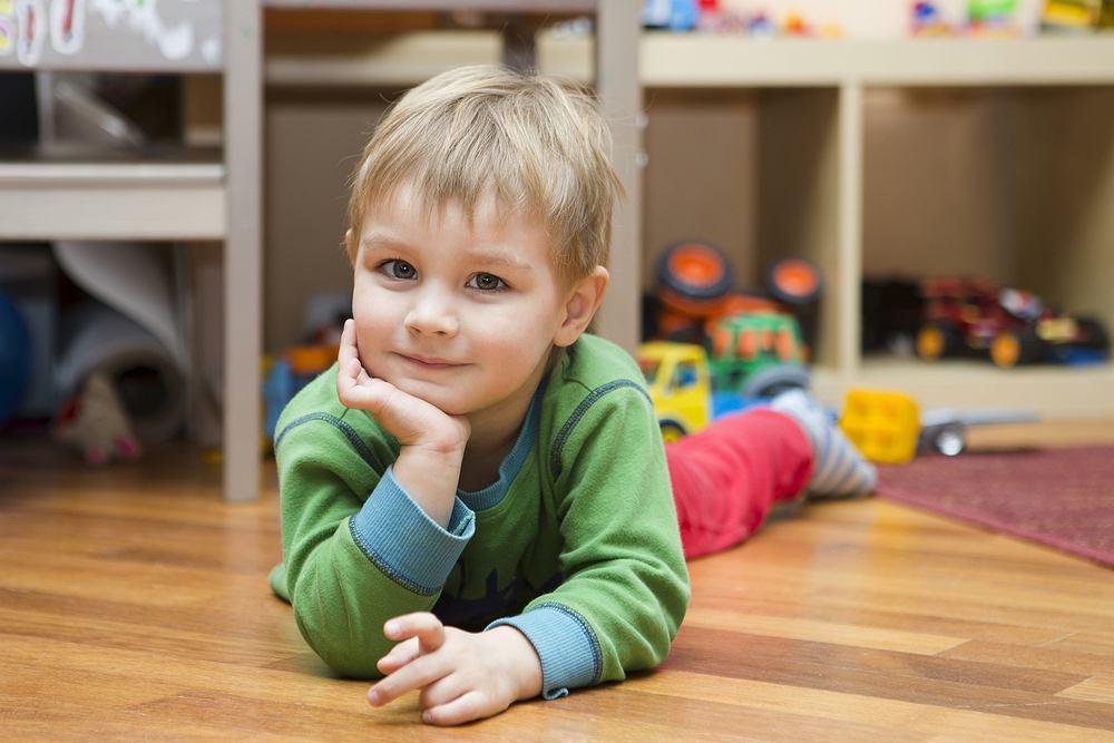 Jakie są plusy i minusy takiego układu? Dlaczego pary decydują się na jedno dziecko?