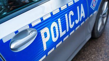 Policja zapukała do drzwi czternastolatka