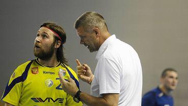 Ivan Cupić i Bogdan Wenta podczas meczu Vive Targi Kielce - Mieszkow Brześć