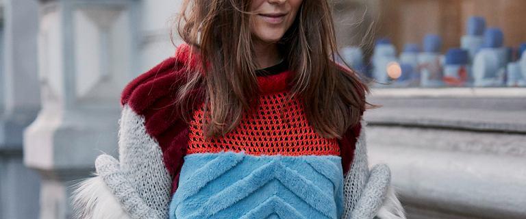 Te swetry z grubym splotem są ciepłe, miękkie i śliczne! Kupisz je w znanym sklepie internetowym