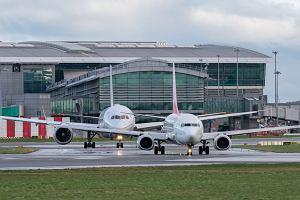 Irlandia i Anglia zaostrzają restrykcje dla podróżnych. Wjazd tylko z negatywnym wynikiem testu