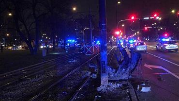 Wypadek na skrzyżowaniu al. Wilanowskiej i Puławskiej