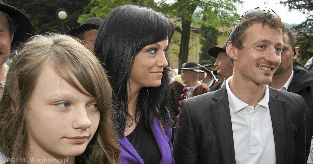 Jak dziś wygląda 23-letnia córka Adama Małysza? Jest zaręczona i wyrosła na piękną kobietę