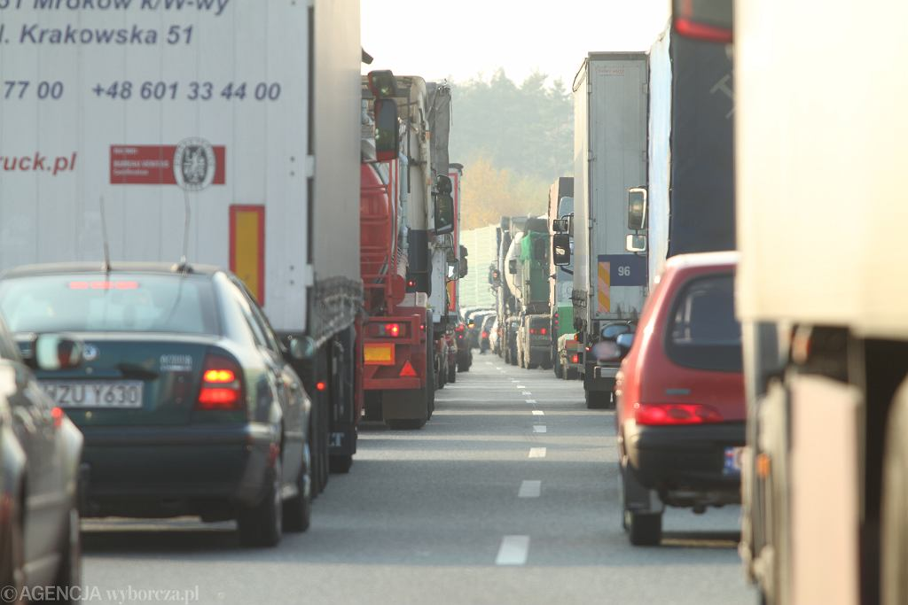 Wypadek na autostradzie / zdjęcie ilustracyjne