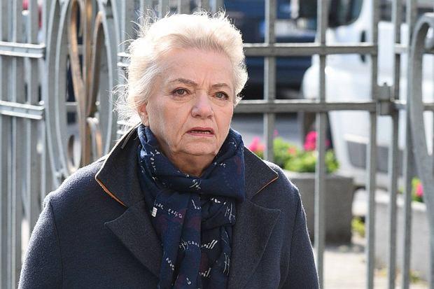 """Anna Seniuk musi podjąć trudną decyzję, donosi tygodnik """"Na Żywo"""". Chodzi o jej ponadstuletni dom na Podkarpaciu."""