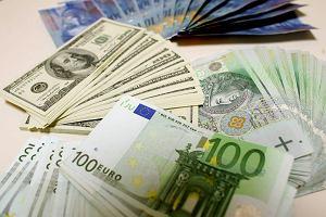 Brexit. Funt w dół, kurs dolara i euro w górę. Niepewność w kantorach