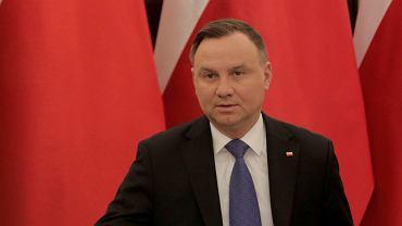 Przez trzy miesiące samozatrudnieni nie będą płacić składek ZUS. Taką propozycję przedstawił prezydent Andrzej Duda