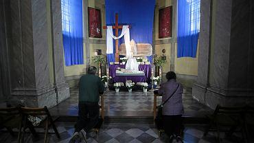 Wielkanoc 2021. Z czego można zrezygnować? Zalecenia Watykanu