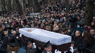 Na pogrzeb Borysa Niemcowa przybyły tysiące ludzi - polityków, działaczy oraz zwykłych mieszkańców Moskwy