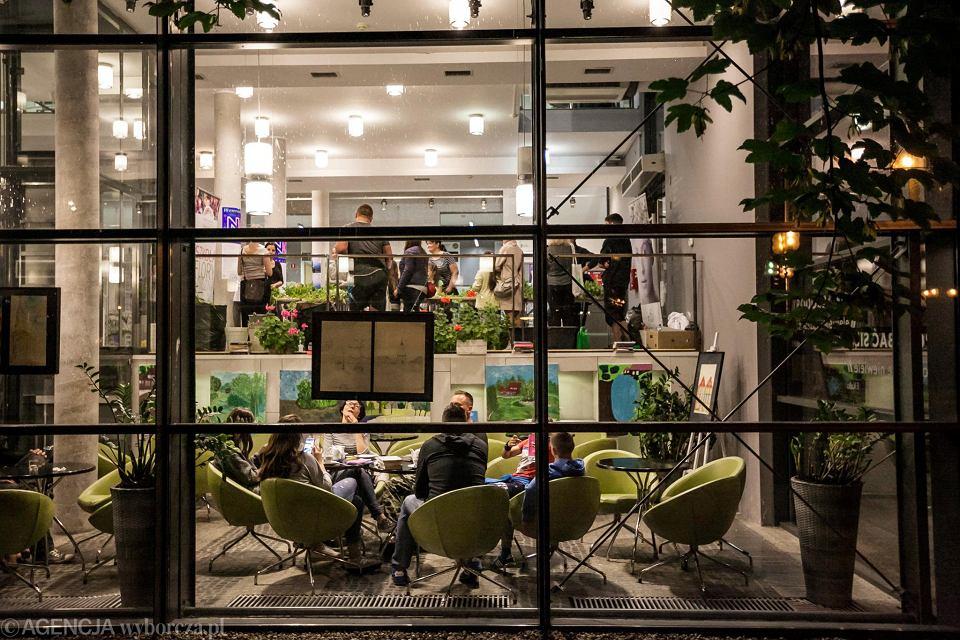 Miejska Biblioteka Publiczna to nie tylko książki. To także miejsce spotkań, inspiracji i realizowania pasji, przez mieszkańców Opola.