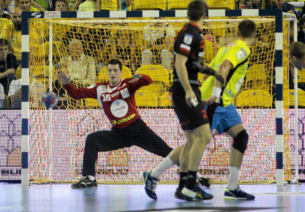 Filip Ivić w bramce podczas meczu Vive Tauron Kielce - Piotrkowianin