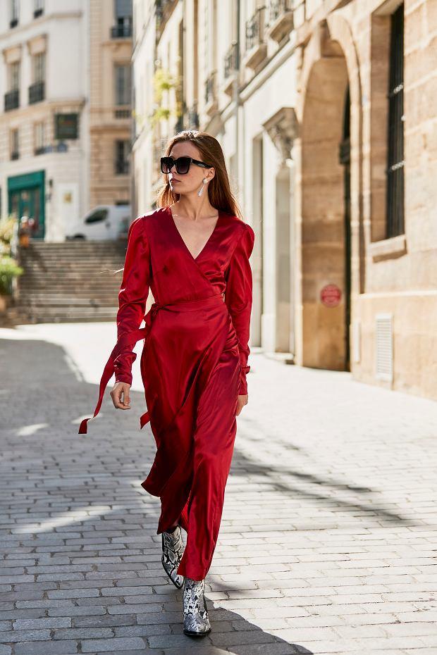 Sukienka w czerwonym kolorze to klasyka stylu