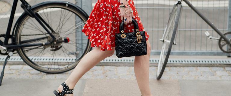 Te modne sandały Tommy Hilfiger damskie będą królować nadchodzącego lata! Kupisz je już na sporej obniżce!