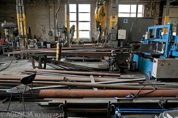Zdjęcie numer 12 w galerii - Zwiedzali 150-letnią fabrykę obrabiarek na Wilczaku [ZDJĘCIA]