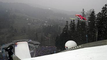 18.11.2018 Wisła . Puchar Świata w skokach narciarskich. Kamil Stoch podczas konkursu drużynowego