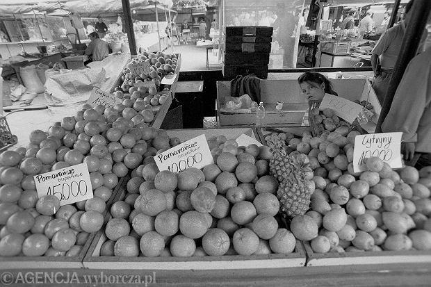 Targ z cenami przed denominacją (fot. Adam Golec / Agencja Gazeta)