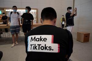 Nadzieja dla TikToka. Waszyngton daje chińskiej aplikacji więcej czasu