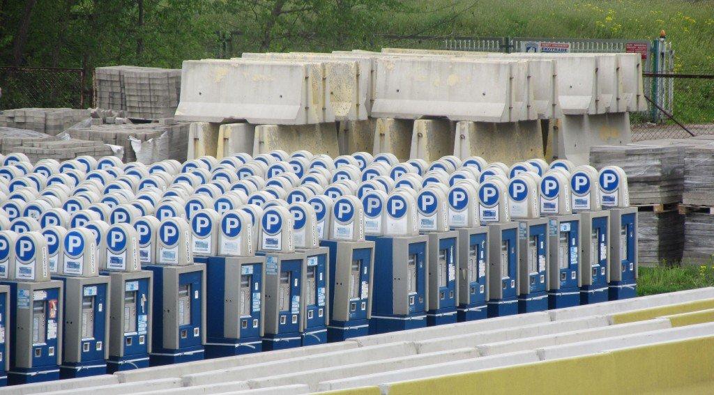 ZDM sprzedaje stare parkomaty.