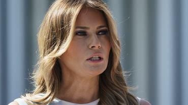 Melania Trump dekoruje Biały Dom. Po przegranych wyborach Donalda wreszcie promienieje. Zmieniła nawet fryzurę