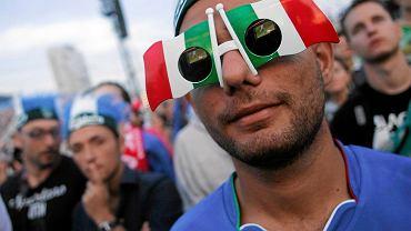 Włoscy fani w strefie kibica