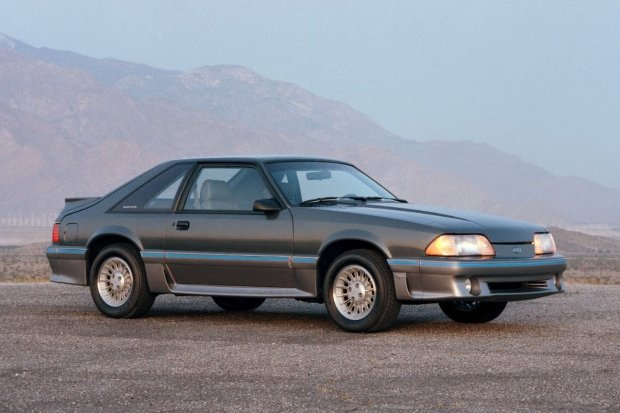 1987 Ford Mustang po faceliftingu