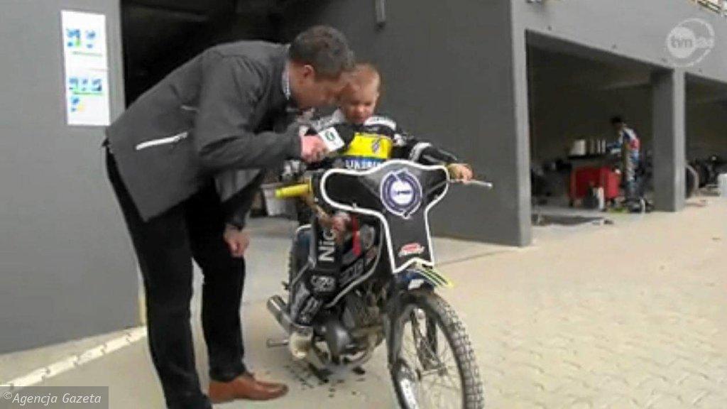 Reporter TVN 24 rozmawia z 5-letnim Nikodemem