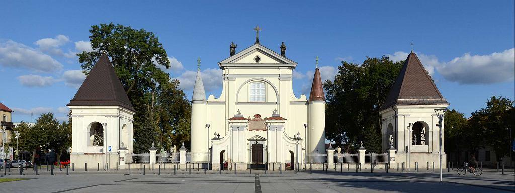 Kościół Wniebowzięcia Najświętszej Marii Panny przy Rynku Mariackim w Węgrowie / Marcin Białek / CC BY-SA 3.0