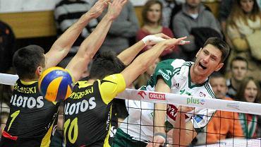 Indykpol AZS Olsztyn - Lotos Trefl Gdańsk 0:3. W ataku Bartosz Krzysiek