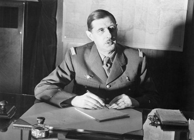 Charles de Gaulle (1890-1970), generał, mąż stanu, prezydent Francji.