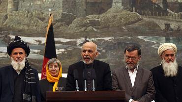 Prezydent Afganistanu Ashraf Ghani na konferencji prasowej w Kabulu dotyczącej raportu o metodach CIA opublikowanego przez senat USA, 10 grudnia 2014 r.