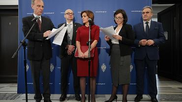 17.01.2020  Warszawa , Senat . Senatorowie opozycji podczas konferencji prasowej o praworządności, przedstawiają projekt ustawy naprawczej .