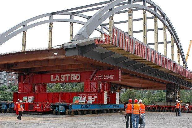 Transport mostu