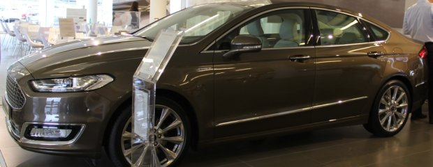 Ford Mondeo Vignale w FordStore