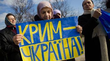 Protesty przeciwko referendum w Symferopolu
