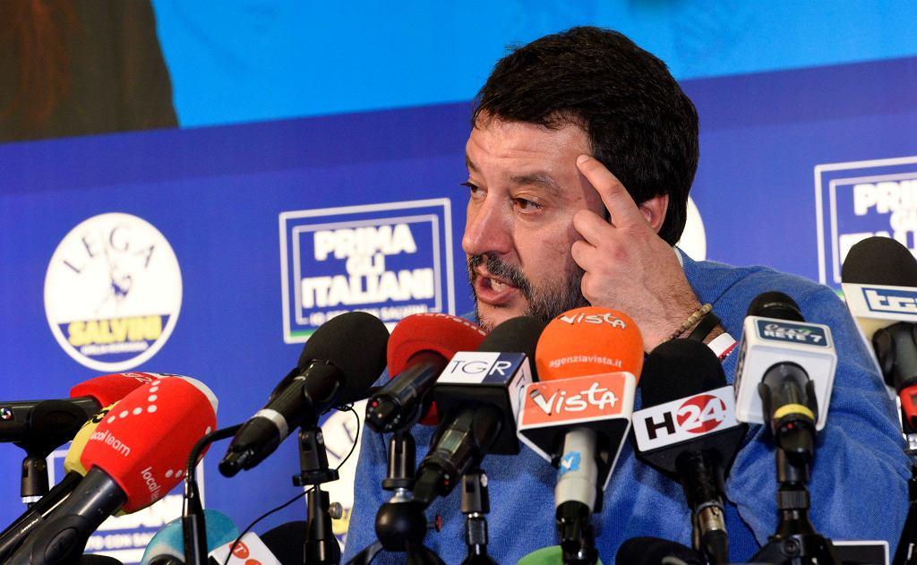 Przywódca Ligi Matteo Salvini podczas konferencji prasowej tuż po zamknięciu lokali wyborczych, Bentivoglio niedaleko Bolonii, 26 stycznia 2020 r.
