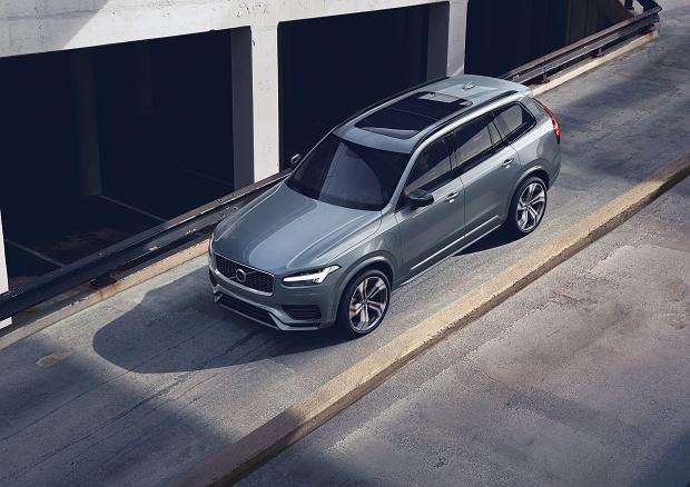 Nowe Volvo XC90 - cennik 2019. Flagowy SUV ze Szwecji wjeżdża do Polski