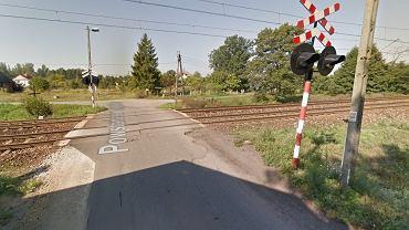 Przejazd kolejowy w miejscowości Piasek