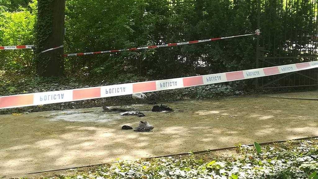 Mężczyzna podpalił się w okolicy kancelarii premiera w Al. Ujazdowskich w Warszawie