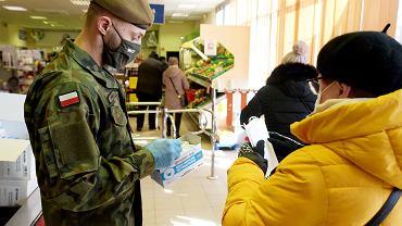 Żołnierze nagrodzeni premią za walkę z epidemią koronawirusa