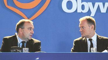 Donald Tusk i Grzegorz Schetyna podczas rady krajowej PO 19 marca 2011 roku