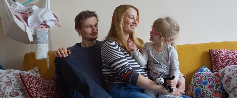 Ales, Magda i Helenka w domu w Pradze (fot. Ula Idzikowska)